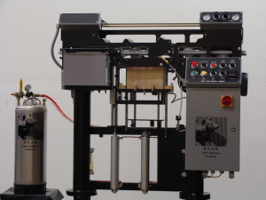 Bear XS-1250 labelling machine 2